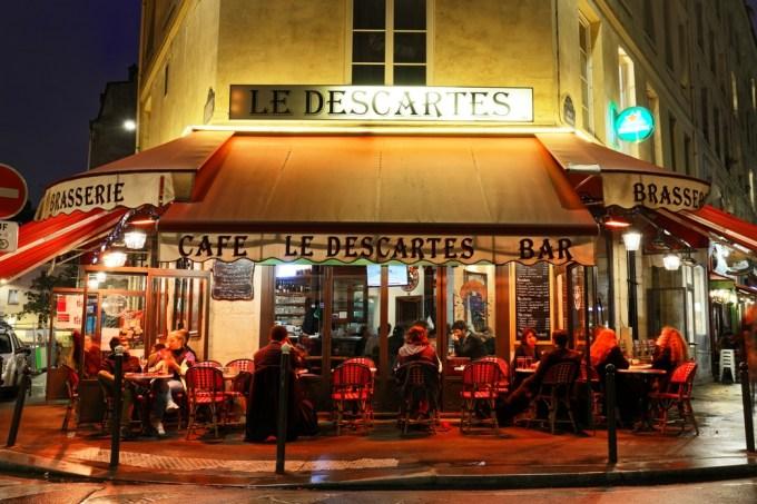 Vers une une réouverture des cafés et restaurants entre le 15 avril et le 15 mai ?