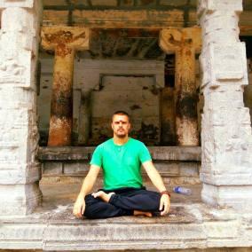 Em Tiruvanamalai, Índia