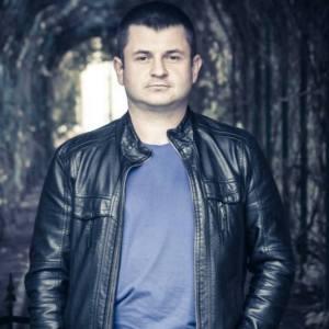 Олександр ЛАВРИШИК