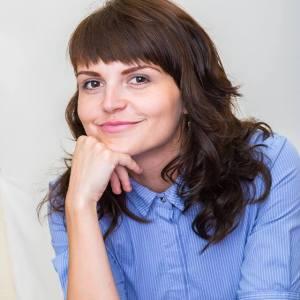 Анна БУРКА
