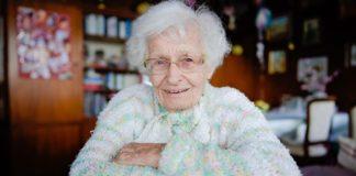 В Германии столетняя женщина стала депутатом местного совета