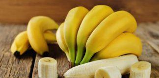 Врачи объяснили, кому особенно полезно есть бананы