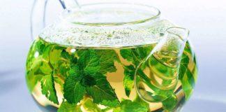 Врачи назвали напиток, который особенно полезен при грудном вскармливании