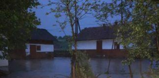 Появились кадры очередного потопа в Украине. Видео