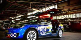 Tesla стала патрульным автомобилем
