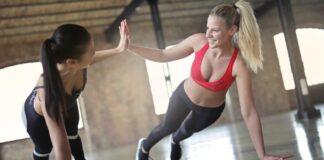 Фитнес-тренер поделилась простыми способами укрепления позвоночника