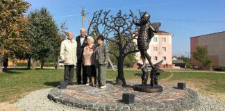 В Беларуси открыли мемориал бежавшим из гетто евреям