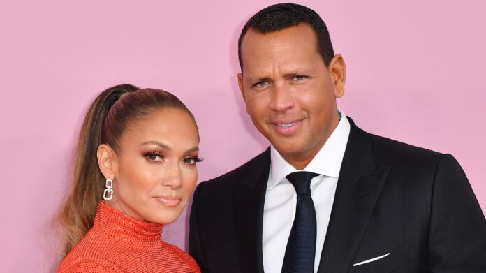 Fiance J  Lo posted a candid photo of the singer - micetimes