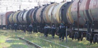 Украина начала покупать больше бензина в Литве