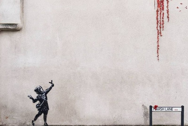 Banksy unveils a new mural in Bristol for Valentine's Day
