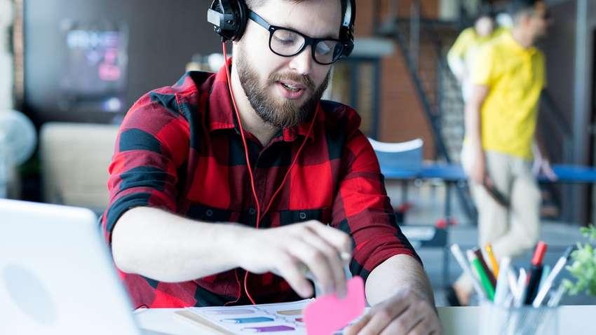Ученые выяснили, какая музыка способствует продуктивной работе