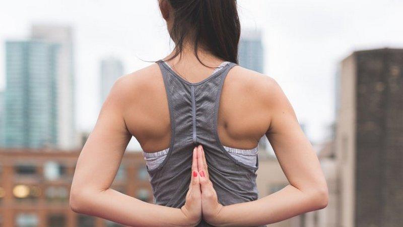 Высыпания на спине: названы самые распространенные причины