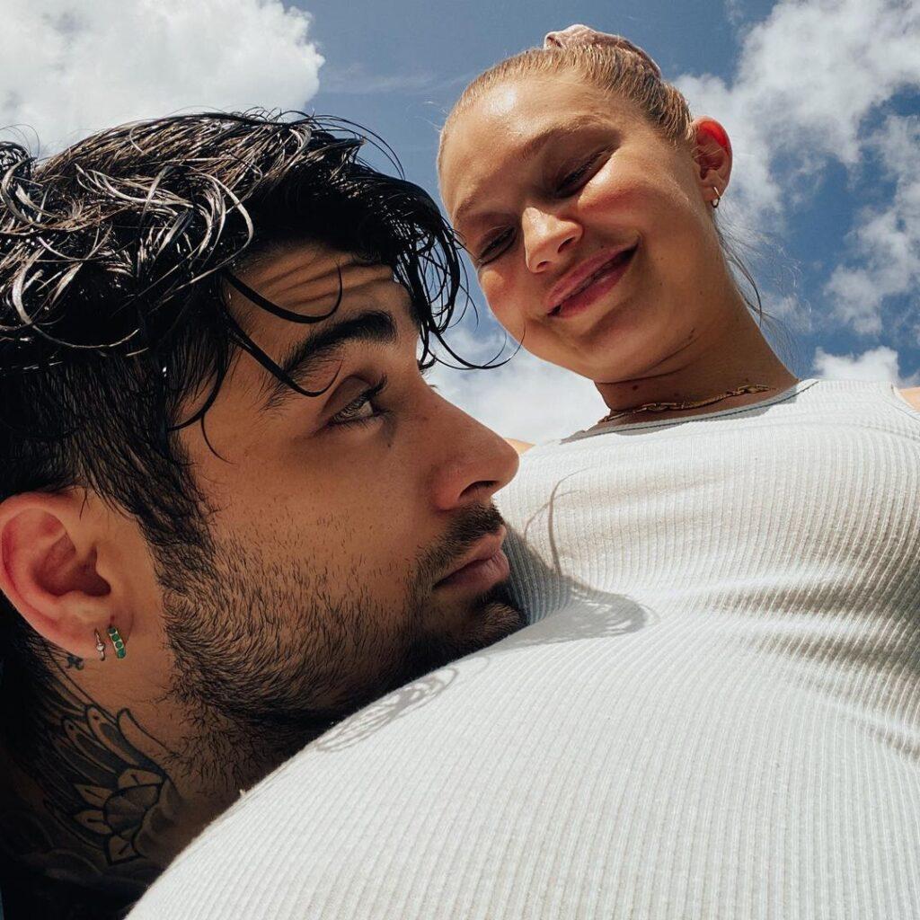 Джиджи Хадид показала, как она выглядела на последних неделях беременности