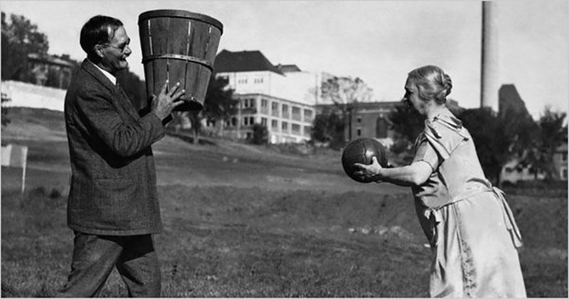 Баскетбол: как броски в корзину для фруктов превратили игру в Олимпийский вид спорта