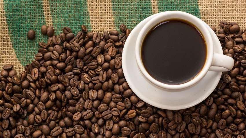 Названа веская причина не начинать утро с кофе