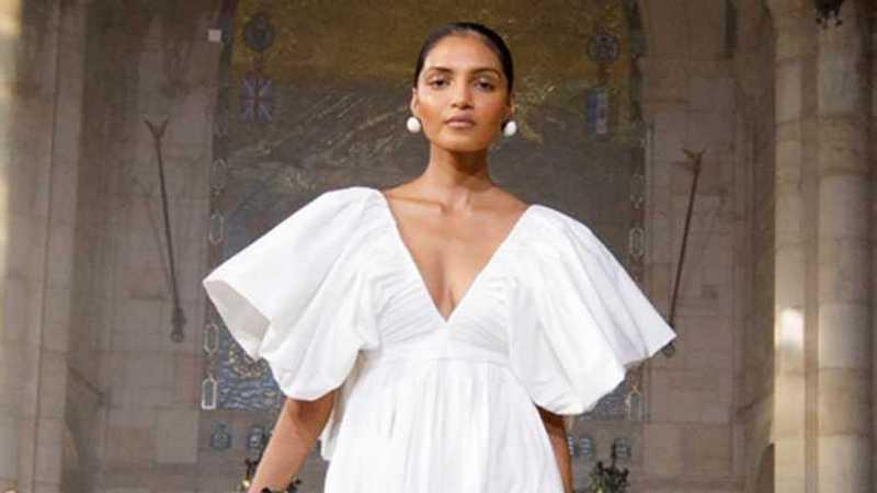 Стилисты показали, какие платья носить этим летом. Фото hronika.info