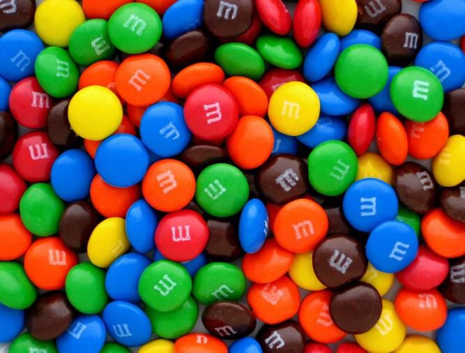 Az ingyen csokigolyó már nem elegendő