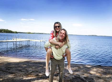 Mayor Tiina Pelkonen and tourism entrepreneur Roope Valden are trying to breathe life into Lake Kyyjärvi.