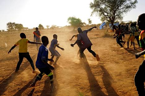 Children who fled due to attacks by Islamist groups played at a camp for internally displaced persons in Kaya, Burkina Faso, in November 2020.