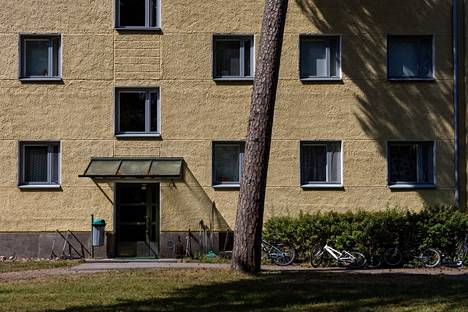 Most of Santahamina's civilian homes were built in the 1950s and 1960s.