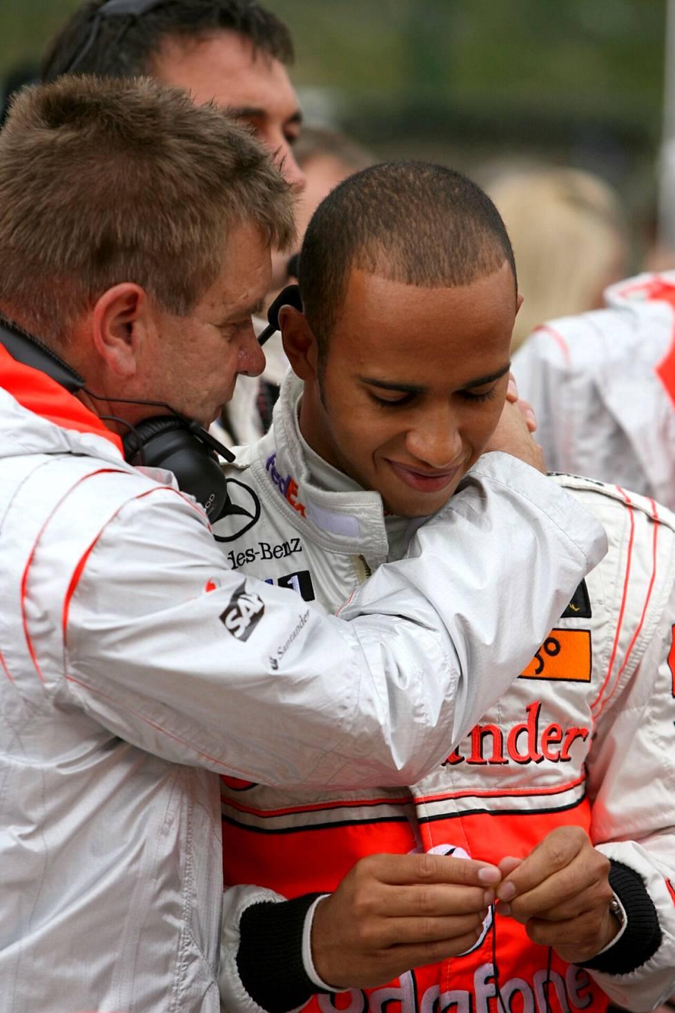 Aki Hintsa and McLaren-Mercedes young star driver Lewis Hamilton in 2008.