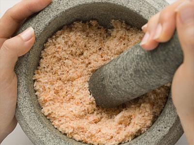 grinding dried shrimp
