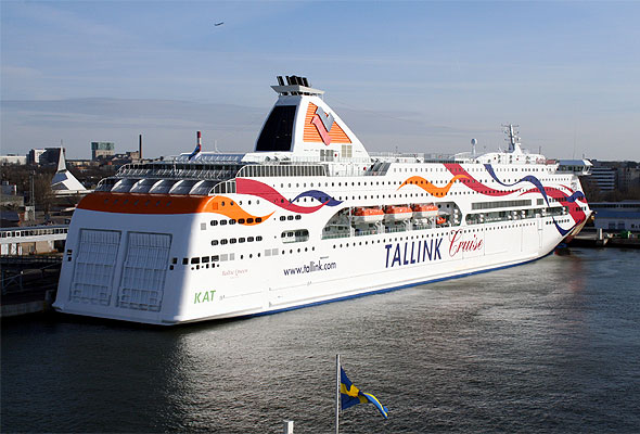 M/S Baltic Queen til kai i Tallin (Wikipedia)