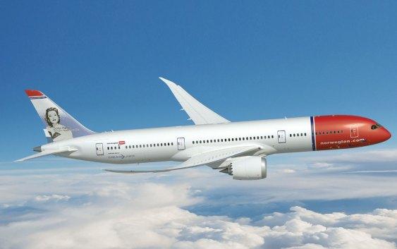 En 787-9 Dreamliner, som er en større versjon av den første generasjonen Dreamlinere Norwegian kjøpte inn. Foto fra Norwegian.