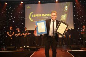 Comfort Hotel Trondheims hotelldirektør Espen Ravnå ble kåret til Årets Unge Hotelier under HSMAI-prisene 10. januar 2018. Fotograf: Camilla Bergan.