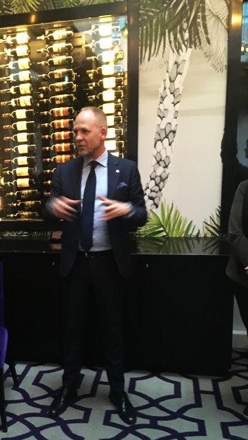 Christian Arnet, direktør, Thon Hotel Rosenkrantz var vertskap for møtet.