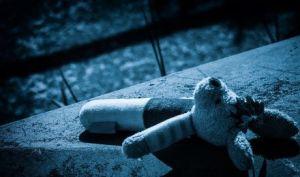 Hoe traumatisch was je jeugd? Trauma: onveilig gehecht aan je narcistische ouder.