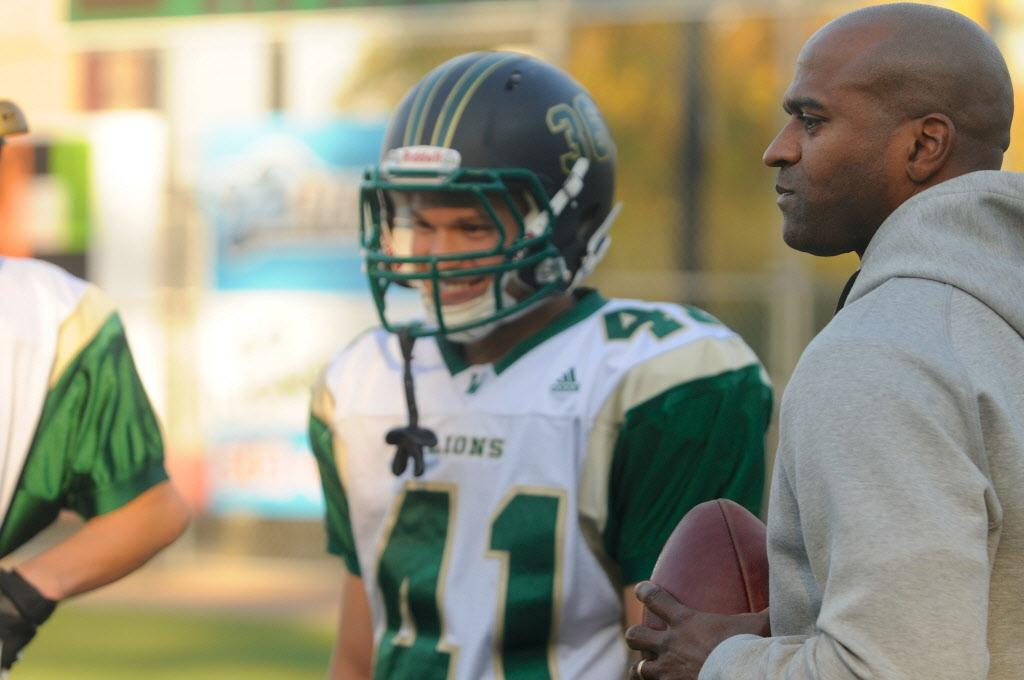 Former Duck Alex Molden giving more than fatherly advice at West Linn  OregonLivecom