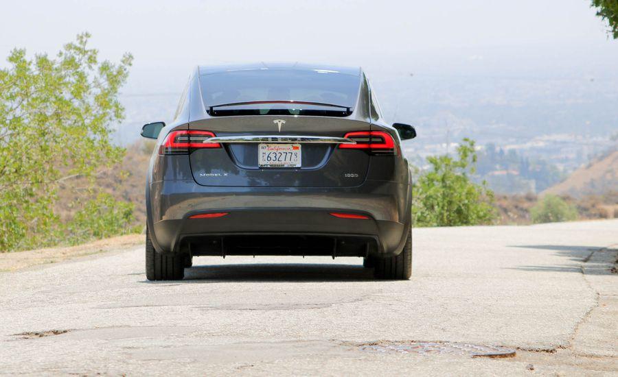 Tesla cambia sus opciones en modelos 2018