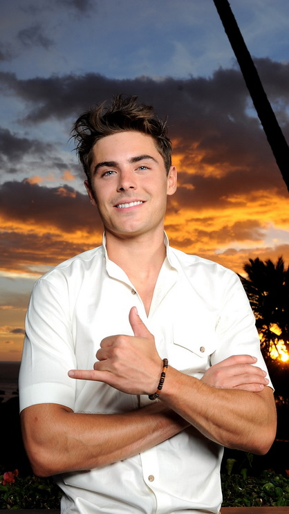 Download Cute Wallpapers For My Phone Zac Efron Smile Best Htc One Wallpapers Free And Easy