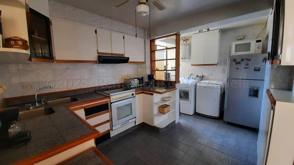 El apartamentos abastos es un alojamiento independiente situado en valencia, a 5 minutos a pie de la estación de metro ángel guimerá y a 1,4 km de la catedral. Apartamento En Alquiler La Trigaleña Valencia Cod 21-21987 ...