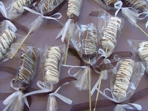 Brochetas De Bombon Cubiertas De Chocolate Turin   190