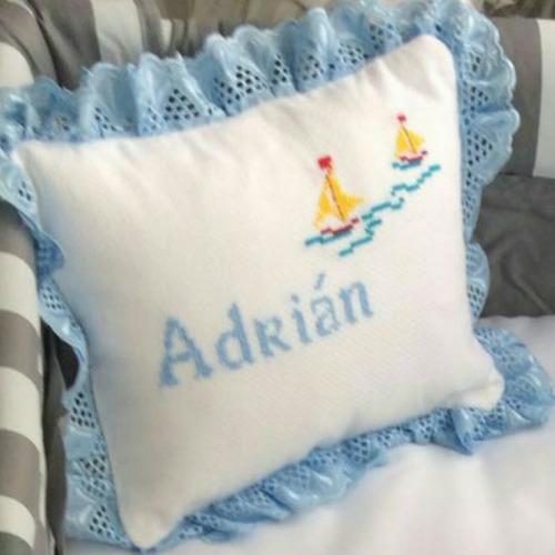 Almohadas Personalizadas En Punto De Cruz Para Su Beb