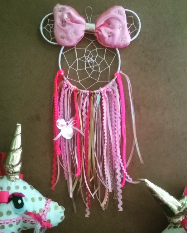 d8a225ca Atrapa Sueos Kitty Minnie Mickey Mouse Unicornio. Atrapa Sueos Kitty Minnie  Mickey Mouse Unicornio. Gucci Stripe Mickey Mouse Stay Stylish Shirts Teeqq  ...