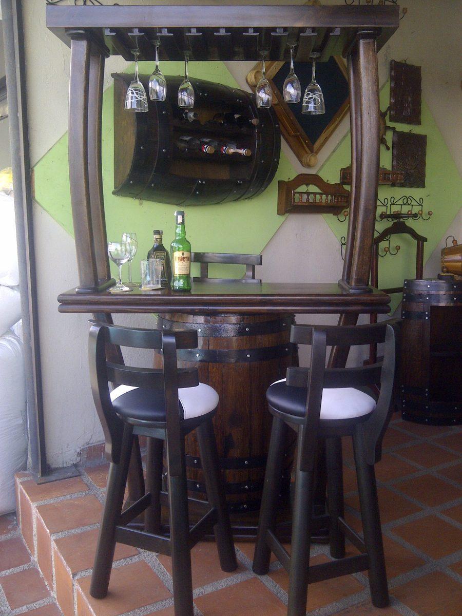 Bar Con Copero Con 3 Bancos En Madera Artesanal En Barril  Bs 11960000000 en Mercado Libre