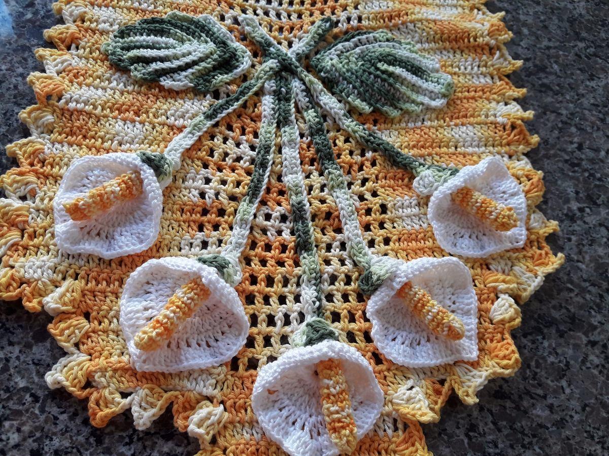 Caminho De Mesa Copo De Leite Em Croche  R 28000 em Mercado Livre
