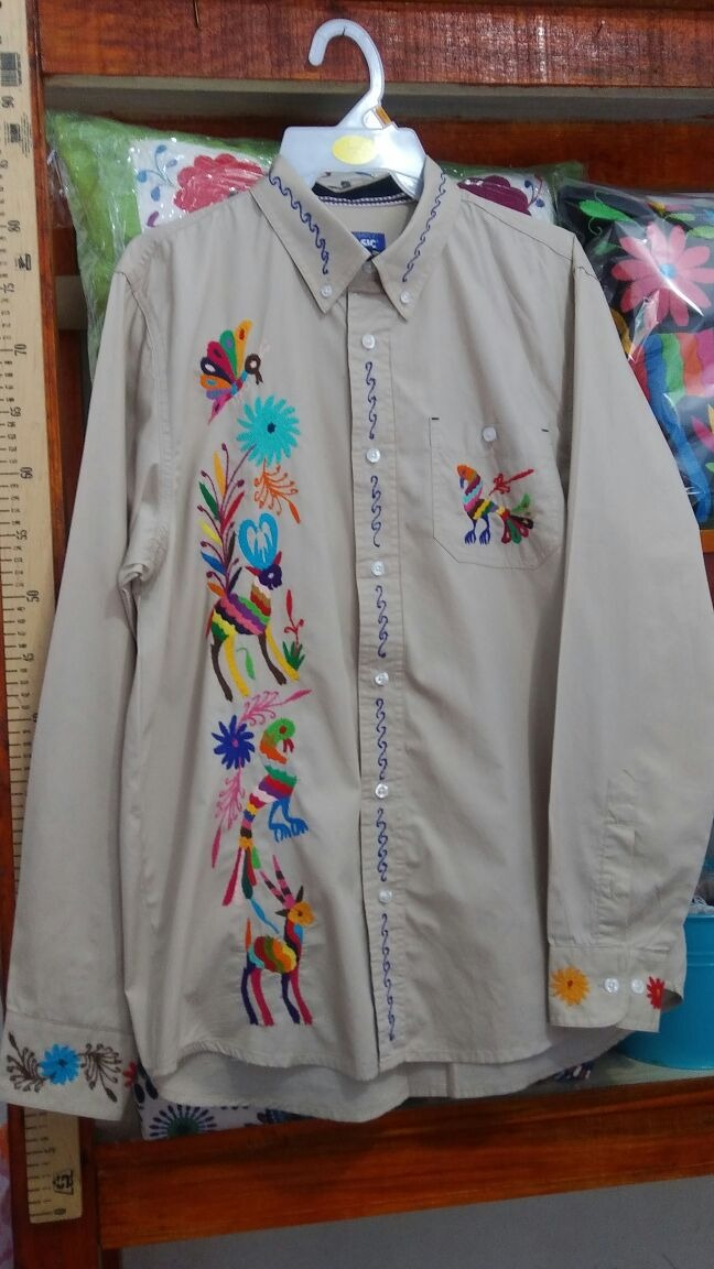 Camisas Y Guayaberas Bordados De Tenangos   110000 en