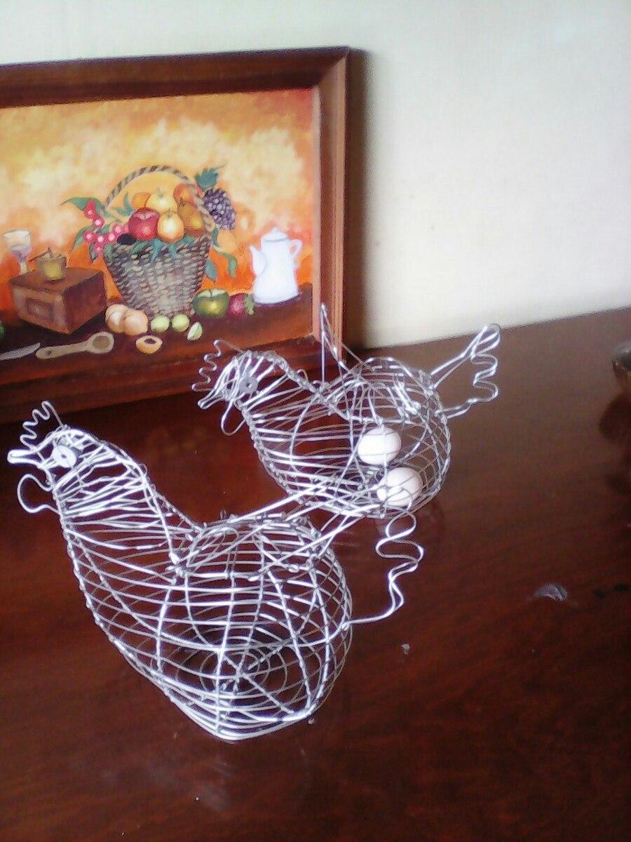 Canasta Para Huevos Metalica Figura De Gallina   15000