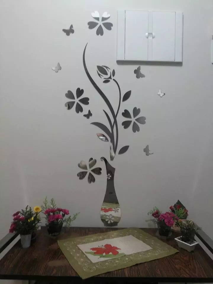 Espejo Decorativo De Pared Figura Jarron Con Flores