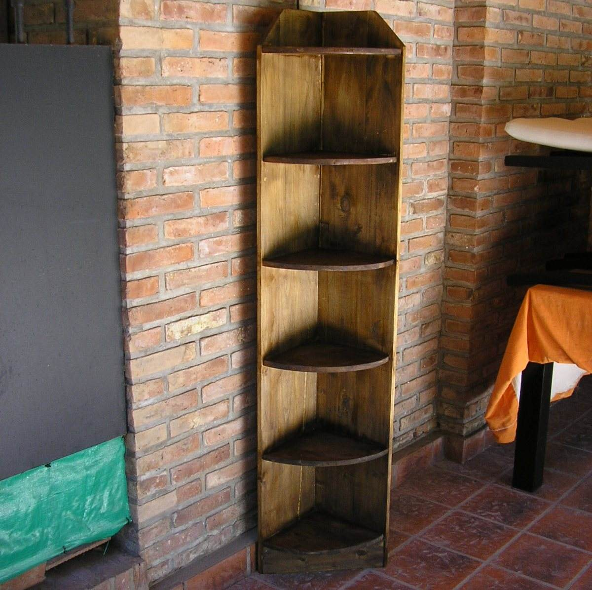 Esquinero Rinconero De Pino Mueble   250000 en Mercado Libre