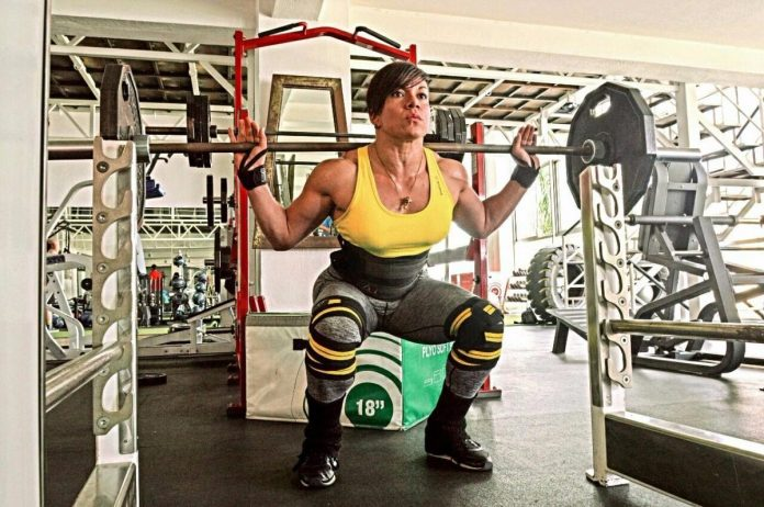 Resultado de imagen para gimnasio pesas faja