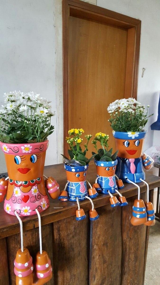 Familia De Vasos Bonecos Para Flores 4p  R 12990 em