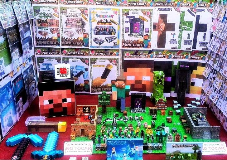 Five Minecraft Freddys Nights 2 Skins