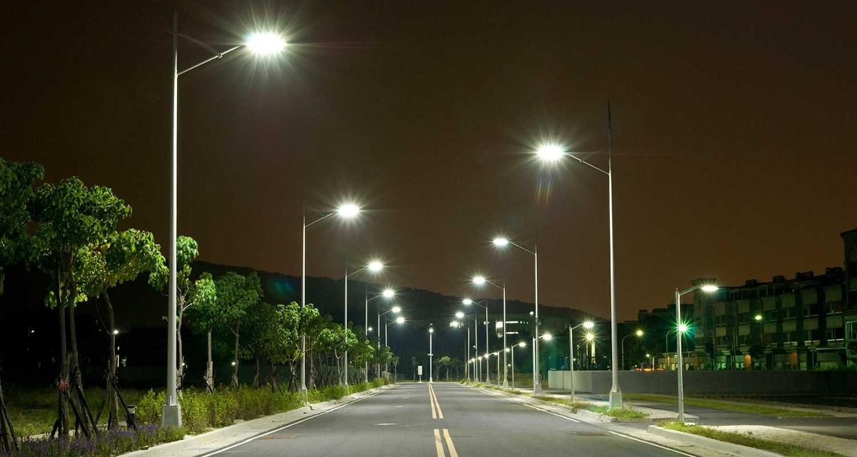 Iluminacion Solar Autonomo Para Calles  US 31700 en