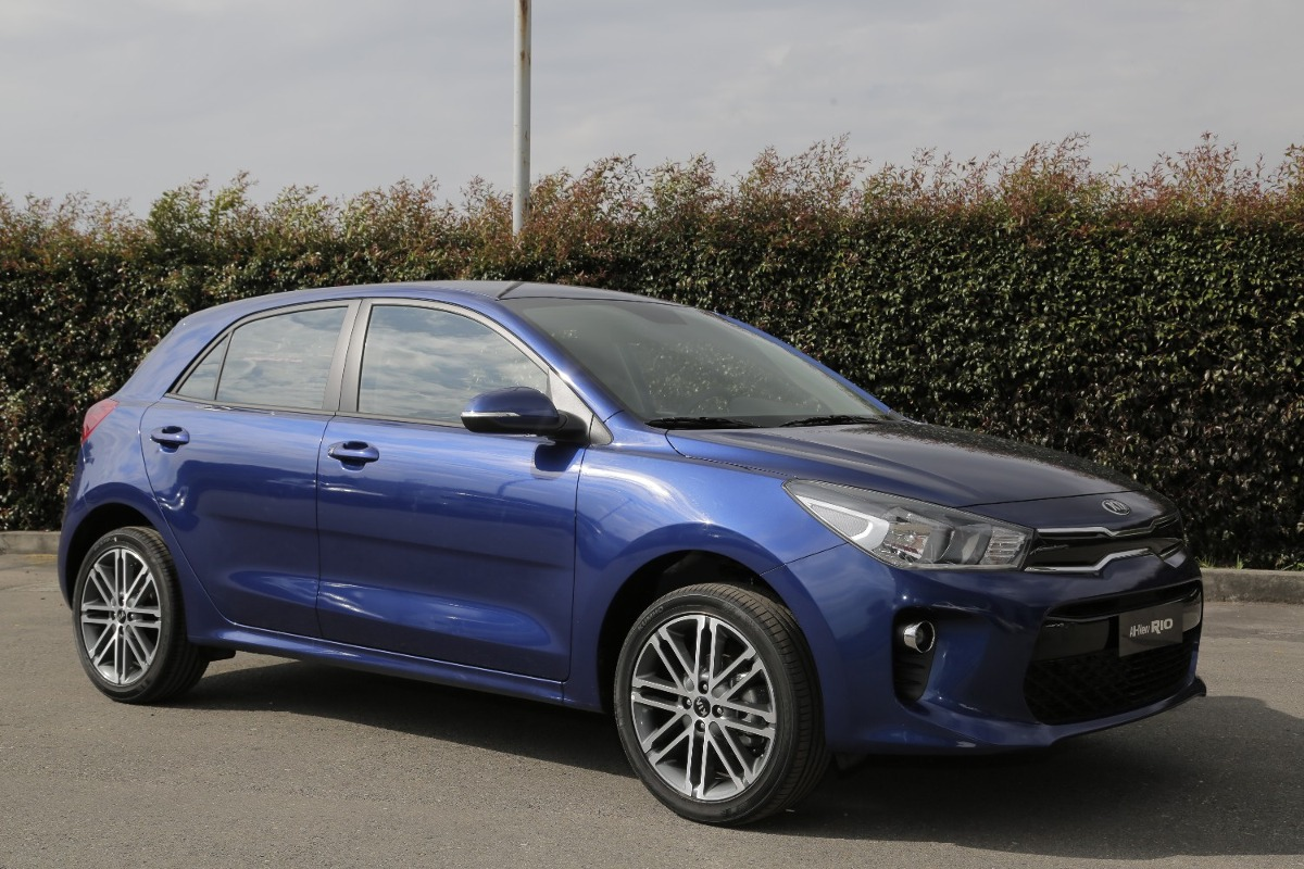 Kia Rio Hatchback 2019 Mecnico Azul   52090000 en