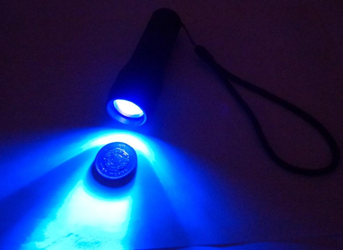 Lampara Zoom Ultravioleta Luz Negra Ajustable Hasta X2000